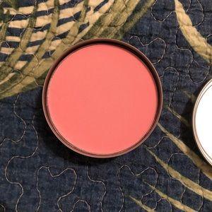 New! Cargo Powder Blush In Shade Catalina